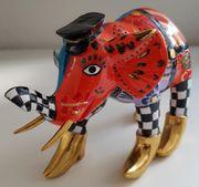 Toms Drag Elefanten Alec Bruce -