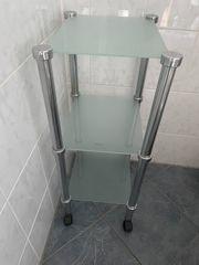 Glasregal fürs Bad