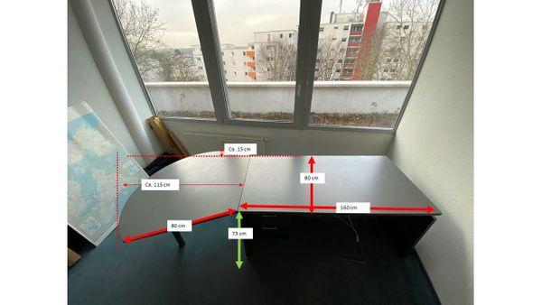 Schreibtisch mit Rollcontainer zu verschenken