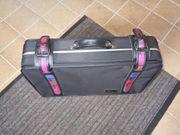 Koffer neuwertig 60 x 40