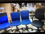 Biete gut erhaltene Bürostühle an