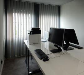 Bild 4 - Analytik-Labor mit Büro HPLC-MS MS-Geräten - St Goar