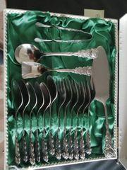 Altes Kuchenbesteck 16 teilig