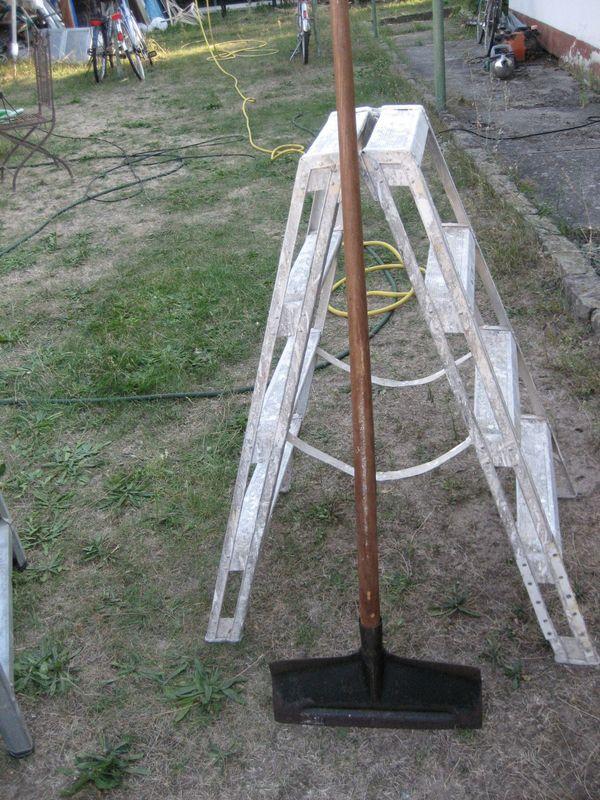 Schneeschieber Metall Breite 50 cm mit Stiel 130 cm