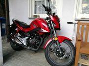 Honda CB125F neuwertig