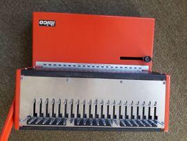 Büromaschinen, Bürogeräte - IBICO Bindegerät incl 1 Karton
