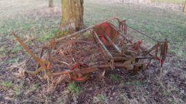 Traktoren, Landwirtschaftliche Fahrzeuge - Alter gebrauchter Heuwender