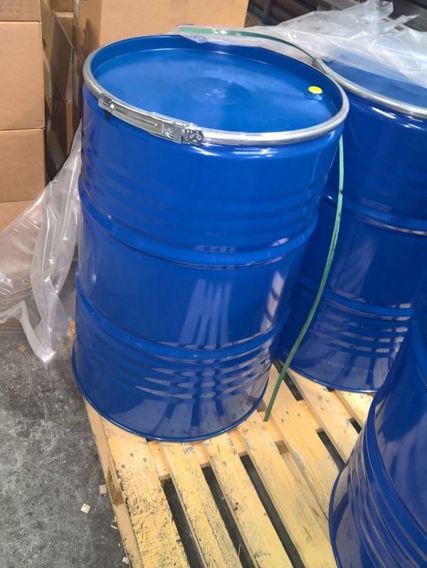 Gebrauchte 200 Liter Spannringfässer bei
