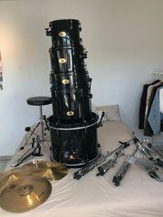 Schlagzeug Pearl Drumset