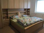 Schrankbett aus Holz Sie sind