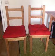 2 Holzstühle mit Polster