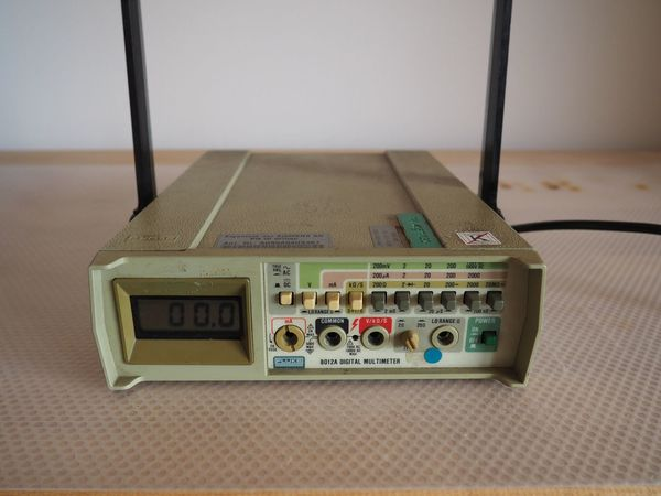 Fluke 8012A Digital Multimeter