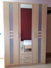 Kleiderschrank Ahorn mit Spiegeltür