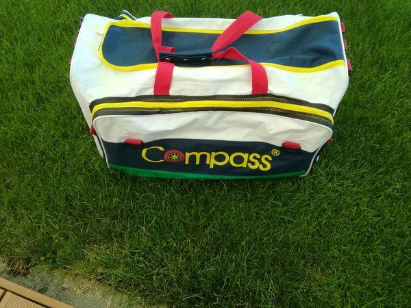 Große Sport-Tasche von Compass
