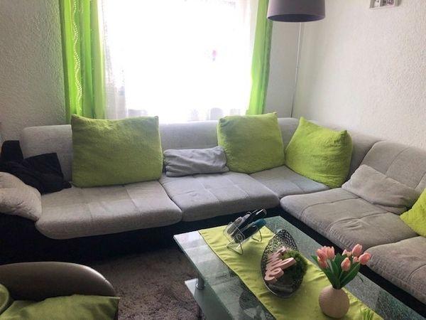 Große schöne Couchgarnitur zu verkaufen