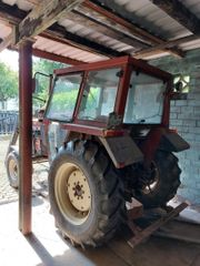 Fiat Traktor 466 mit Frontlader
