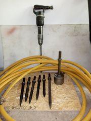 Presslufthammer mit Schlauch