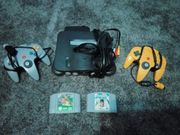 Nintendo 64 mit 2 Controller