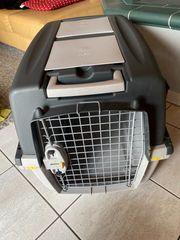 Gut erhaltene Hundetransportbox zu verkaufen