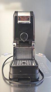 Kaffee - Martello Kapselmaschine mit Kapseln