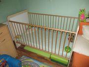 Kinderzimmereinrichtung Kindermöbel Schrank Wickeltisch Babybett