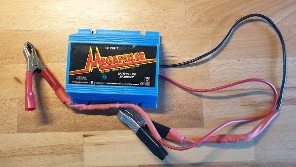 MEGAPULSE Batterie-Regrnerator