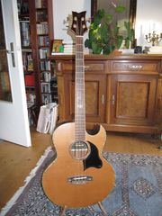 Ortega Akustik Bass