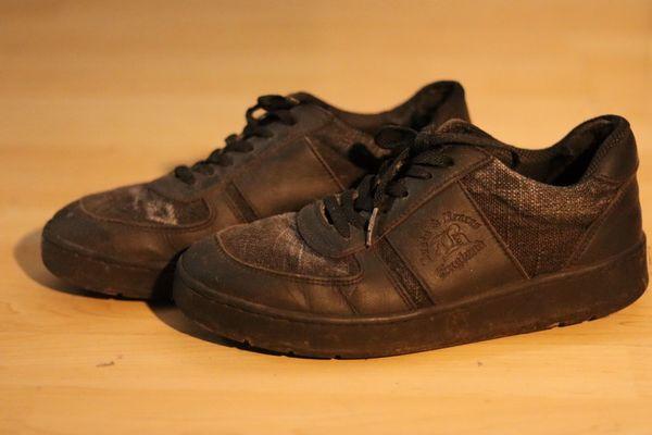 gebrauchte Sneaker