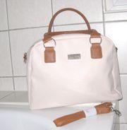 Handtasche in hellem beige