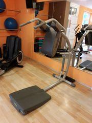 Fitness-Zirkel- Profigeräte von Technogym