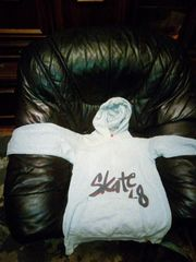 Jungs Pullover in Größe L