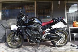 Yamaha FZ1-N (150ps)