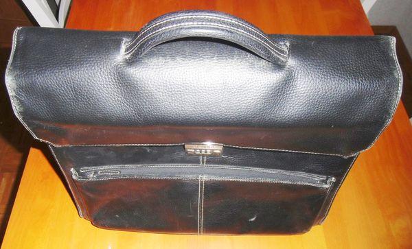 TOP - Lederaktentasche von BUGATTI in