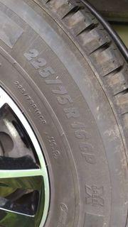 Ganzjahresreifen 255 75R16 CP Michelin