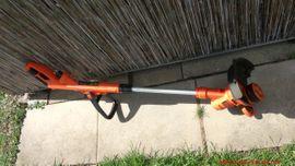 Black Decker Elektro-Rasentrimmer ST5530 Type: Kleinanzeigen aus Esslingen am Neckar - Rubrik Gartengeräte, Rasenmäher