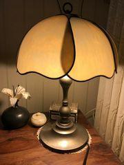Tifany Tischlampe mit besonders schönem