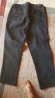 Jeans schwarz neuwertig