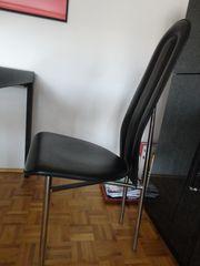 Stühle schwarzes Leder
