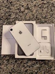 IPhone mit Zubehör