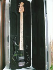 E Bass Musicman Sting Ray