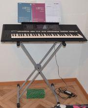 Yamaha Keyboard PSR - S 750