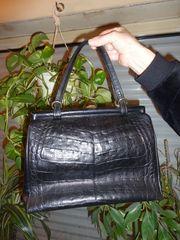 Handtasche für Damen in Leder
