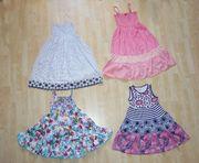 Mädchen Kleider Größe 140 146