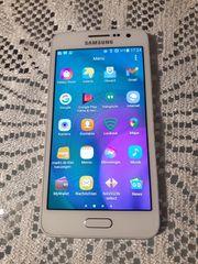 Smartphone Samsung Galaxy A3 2015