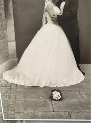 Brautkleid weiss
