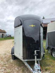 Neuwertiger Alu-Pferdeanhänger Humbaur Xanthos Aero