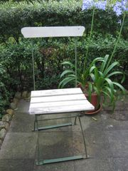 Alter Gartenstuhl