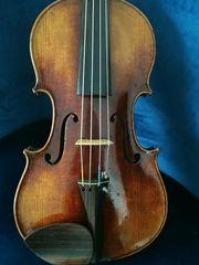 Schöne alte Geige 4 4