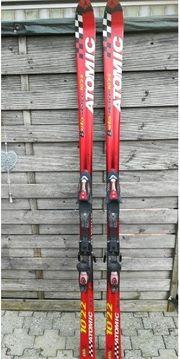 Ski Schi Atomic Beta Race