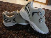 Schuhe von Venture in Größe